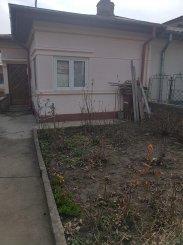 Bucuresti, zona Giulesti, casa cu 5 camere de vanzare de la agentie imobiliara