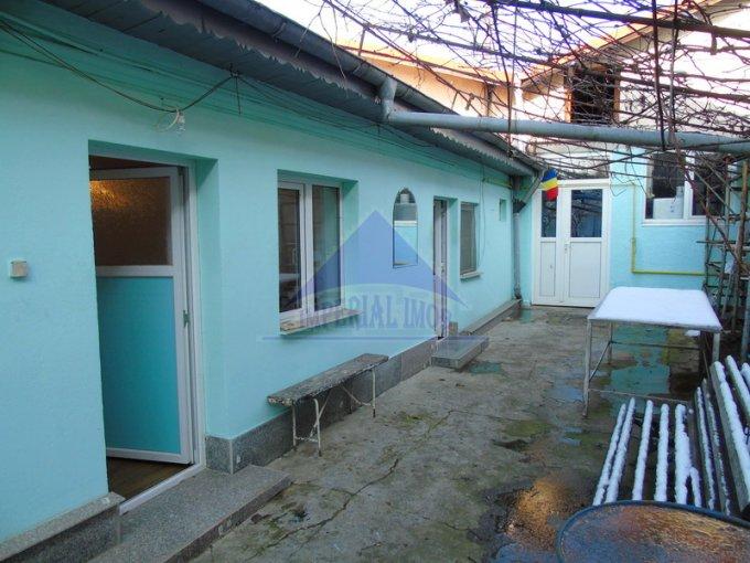 vanzare Casa Bucuresti cu 5 camere, cu suprafata utila de 140 mp, 1 grup sanitar. 118.000 euro. Destinatie: Rezidenta, Birou, Comercial, Depozit.. Casa vanzare Andronache Bucuresti