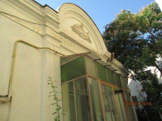vanzare casa de la agentie imobiliara, cu 5 camere, in zona Armeneasca, orasul Bucuresti