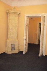 vanzare casa de la proprietar, cu 8 camere, in zona Armeneasca, orasul Bucuresti