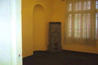 proprietar vand Casa cu 8 camere, zona Armeneasca, orasul Bucuresti