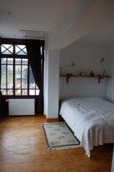 Camera refacuta in stilul epocii
