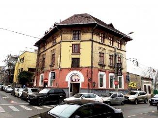 Spatiu comercial de inchiriat cu 5 incaperi, 130 metri patrati, in Piata Romana Bucuresti