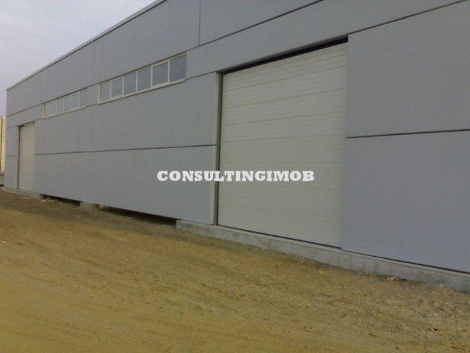 Spatiu industrial de vanzare direct de la agentie imobiliara, in Bucuresti, zona Vest, cu  EUR. 1 grup sanitar, suprafata utila 12400 mp. Inaltime: 8 metri.