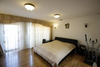 vanzare vila de la proprietar, cu 1 etaj, 5 camere, in zona Prelungirea Ghencea, orasul Bucuresti