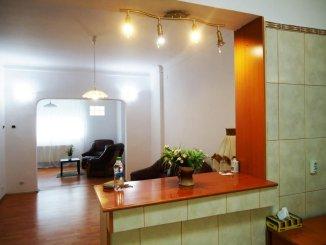 inchiriere vila cu 1 etaj, 8 camere, zona Calea Calarasilor, orasul Bucuresti, suprafata utila 200 mp