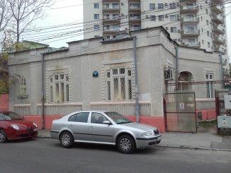 inchiriere vila de la agentie imobiliara, cu 1 etaj, 3 camere, in zona Parcul Carol, orasul Bucuresti