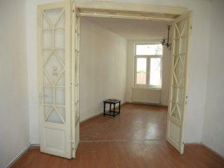 agentie imobiliara inchiriez Vila cu 1 etaj, 3 camere, zona Parcul Carol, orasul Bucuresti