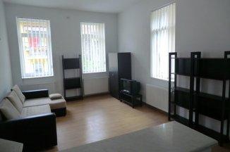 Bucuresti, zona Dorobanti, vila cu 4 camere de vanzare de la agentie imobiliara