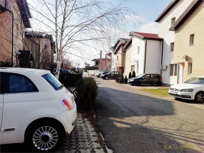Vila cu 1 etaj, 3 camere, 3 grupuri sanitare, avand suprafata utila 135 mp. Pret: 130.000 euro. agentie imobiliara vanzare Vila.