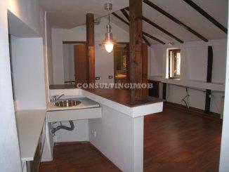 Vila de vanzare cu 2 etaje si 9 camere, in zona Calea Calarasilor, Bucuresti