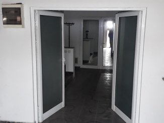 Vila de vanzare cu 2 etaje si 15 camere, in zona Colentina, Bucuresti