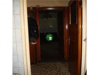 vanzare vila de la agentie imobiliara, cu 2 etaje, 3 camere, in zona Beller, orasul Bucuresti