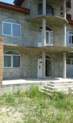 Vila de vanzare cu 3 etaje si 8 camere, in zona Rahova, Bucuresti