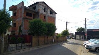 vanzare vila de la proprietar, cu 3 etaje, 7 camere, in zona Apusului, orasul Bucuresti