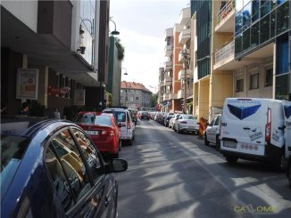 inchiriere vila de la agentie imobiliara, cu 3 etaje, 4 camere, in zona Dorobanti, orasul Bucuresti