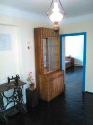 Casa de vanzare cu 3 camere, in zona Obor, Buzau