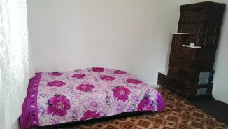 proprietar vand Casa cu 4 camere, comuna Padina