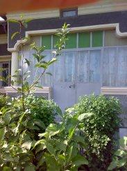 proprietar vand Casa cu 8 camere, localitatea Valea Rosie