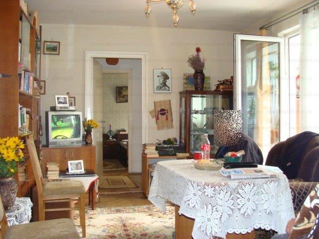 vanzare Apartament Cluj Napoca cu 2 camere, cu 1 grup sanitar, suprafata utila 51 mp. Pret: 55.000 euro.