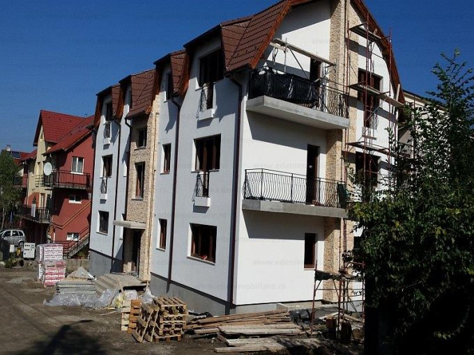 vanzare Apartament Cluj Napoca cu 3 camere, cu 2 grupuri sanitare, suprafata utila 75 mp. Pret: 79.000 euro.