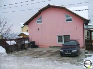 Apartament cu 4 camere de vanzare, confort Redus, zona Dambul Rotund,  Cluj Napoca Cluj