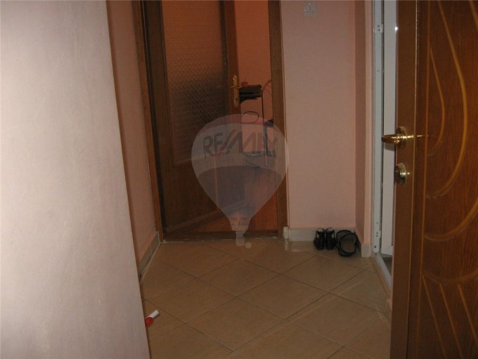 vanzare apartament decomandat, zona Nord, orasul Eforie Sud, suprafata utila 40 mp