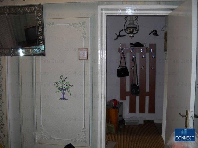 agentie imobiliara vand apartament semidecomandat, in zona City Park Mall, orasul Constanta