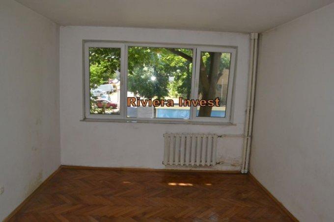 vanzare apartament semidecomandat, zona Tomis 2, orasul Constanta, suprafata utila 48 mp