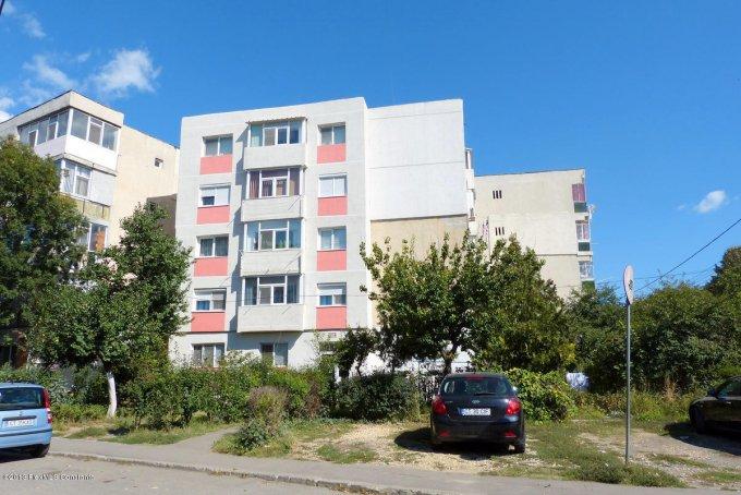 vanzare apartament decomandat, zona Inel 2, orasul Constanta, suprafata utila 52.2 mp