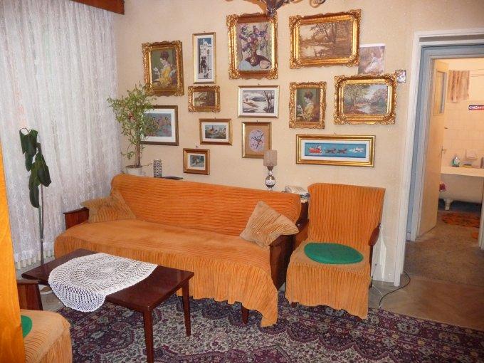 Apartament de vanzare direct de la agentie imobiliara, in Constanta, in zona Tomis 1, cu 44.000 euro negociabil. 1  balcon, 1 grup sanitar, suprafata utila 44 mp.