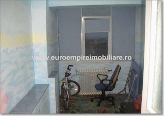 inchiriere apartament cu 2 camere, decomandat, in zona Km 4-5, orasul Constanta