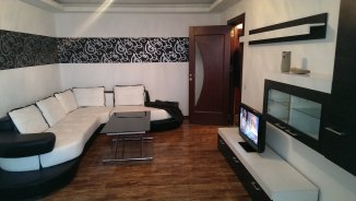 Apartament cu 2 camere de inchiriat, confort 1, zona Tomis Nord,  Constanta