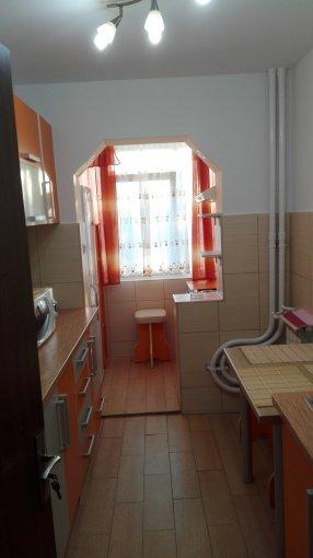 inchiriere apartament decomandat, zona Tomis Nord, orasul Constanta, suprafata utila 52 mp