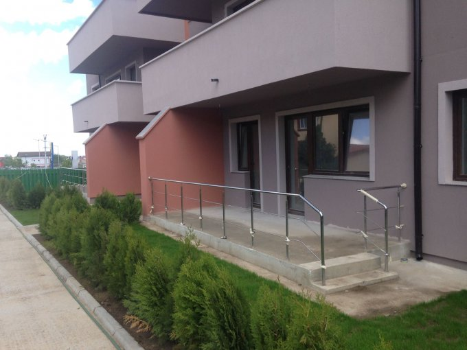 proprietar vand apartament decomandat, in zona Boreal, orasul Constanta