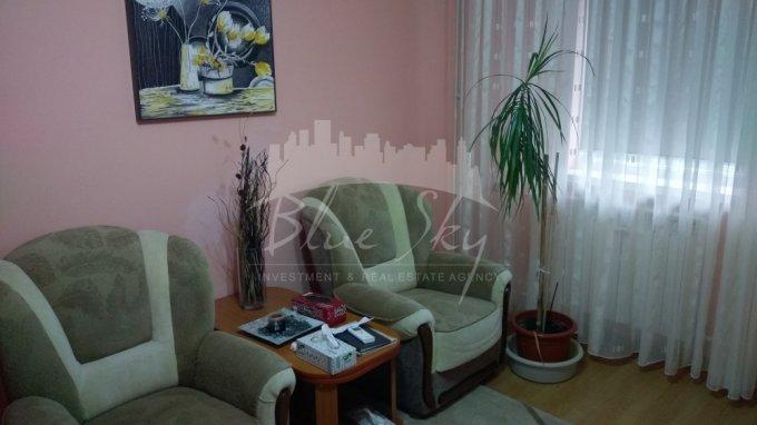 Apartament de vanzare in Constanta cu 2 camere, cu 1 grup sanitar, suprafata utila 54 mp. Pret: 45.000 euro negociabil.