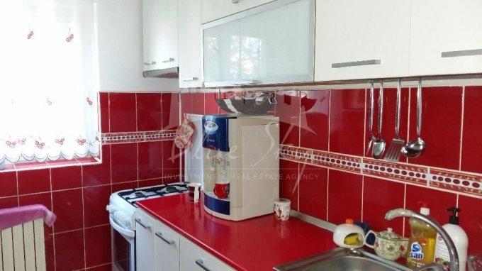 Apartament de vanzare in Constanta cu 2 camere, cu 1 grup sanitar, suprafata utila 65 mp. Pret: 48.500 euro negociabil.