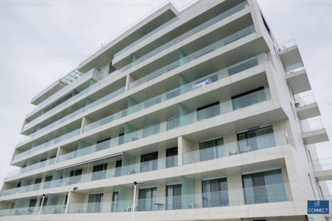 Apartament de vanzare direct de la agentie imobiliara, in Mamaia, in zona Centru, cu 106.000 euro. 1  balcon, 1 grup sanitar, suprafata utila 47 mp.