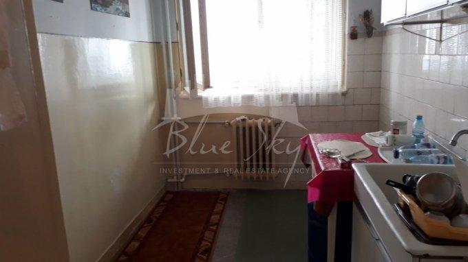Apartament vanzare Abator cu 2 camere, etajul 8, 1 grup sanitar, cu suprafata de 53 mp. Constanta, zona Abator.