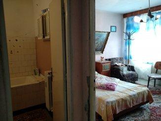 vanzare apartament cu 2 camere, semidecomandat, in zona City Park Mall, orasul Constanta