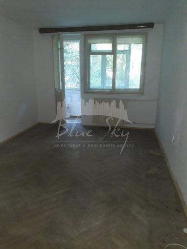 Apartament vanzare Constanta 2 camere, suprafata utila 52 mp, 1 grup sanitar. 63.000 euro negociabil. La Parter. Apartament Tomis 4 Constanta