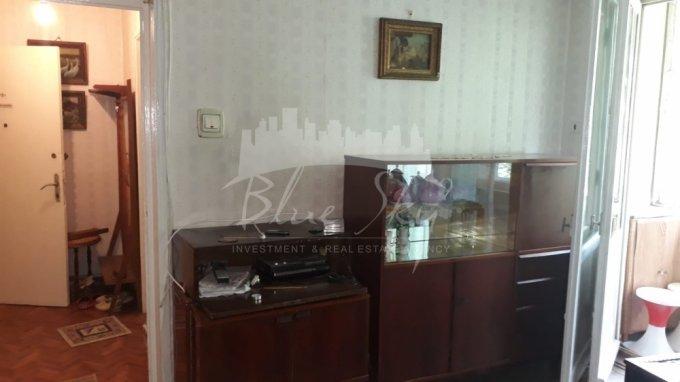 Apartament de vanzare direct de la agentie imobiliara, in Constanta, in zona Tomis 2, cu 47.500 euro negociabil. 1 grup sanitar, suprafata utila 50 mp.