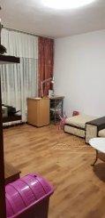 vanzare apartament cu 2 camere, decomandat, in zona CET, orasul Constanta