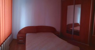 vanzare apartament cu 2 camere, semidecomandat, in zona Far, orasul Constanta