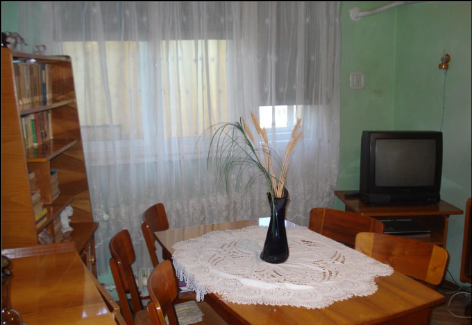 Apartament vanzare Constanta 2 camere, suprafata utila 48 mp, 1 grup sanitar, 1  balcon. 56.000 euro. Etajul 3 / 4. Apartament Dacia Constanta