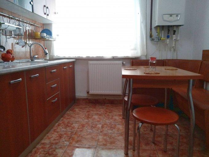 Apartament de vanzare direct de la agentie imobiliara, in Constanta, in zona Abator, cu 52.000 euro negociabil. 1 grup sanitar, suprafata utila 47 mp.