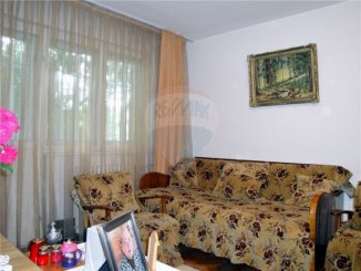 inchiriere apartament cu 2 camere, semidecomandata, in zona City Park, orasul Constanta