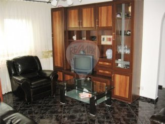 vanzare apartament cu 2 camere, semidecomandata, in zona Far, orasul Constanta