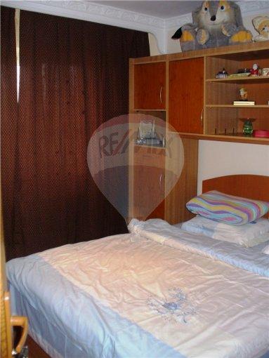 vanzare apartament cu 2 camere, decomandata, in zona Anda, orasul Constanta