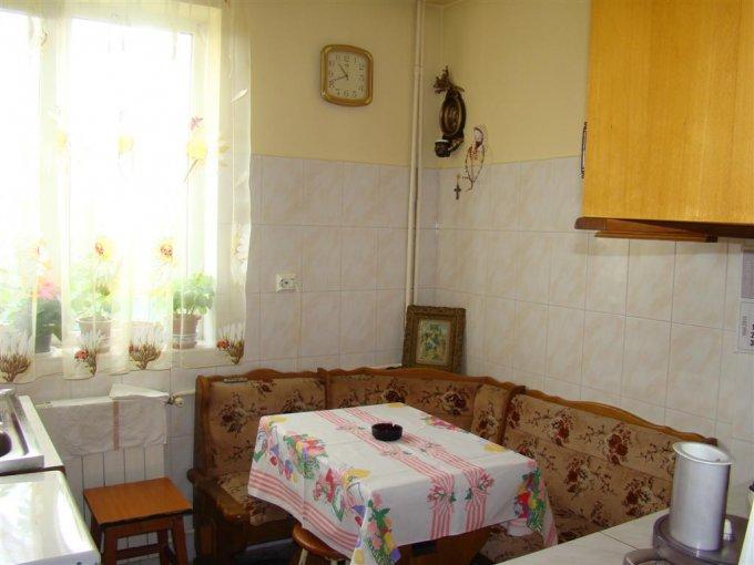 agentie imobiliara vand apartament semidecomandata, in zona Centru, orasul Constanta